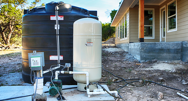 Well Pump Runs But No Water Pressure – (Well Pumps Troubleshooting Guide)